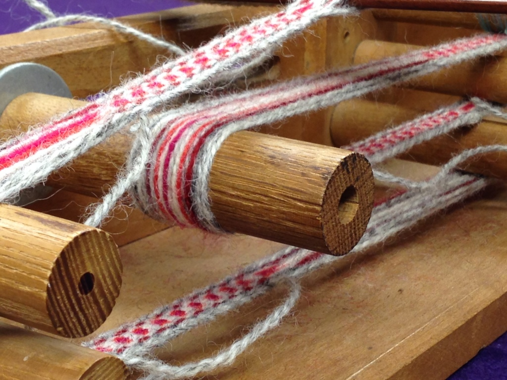 A Close-up of the weaving on the Inkle loom.